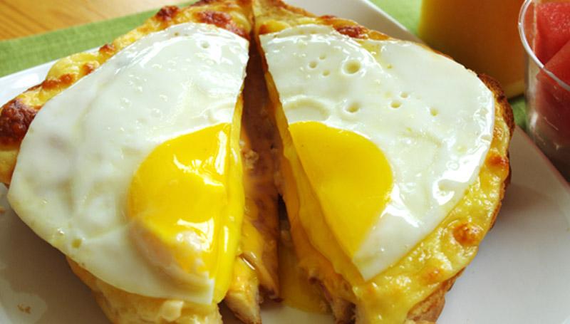 food ขนมปัง ชีส มื้อเช้า อาหาร ไข่ดาว