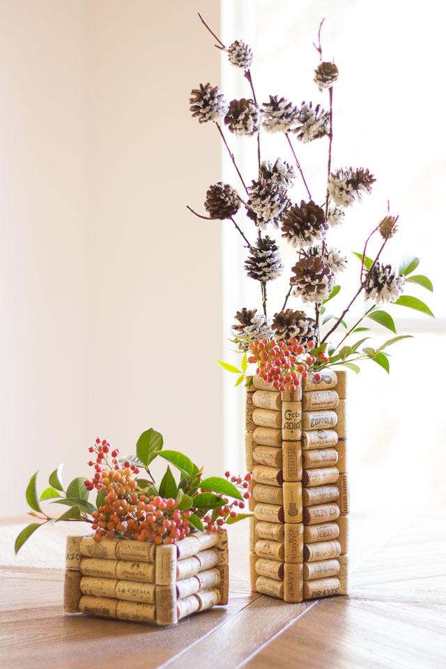 15 ไอเดียดีๆ จาก ไม้ก๊อก Wine-Cork-Vases