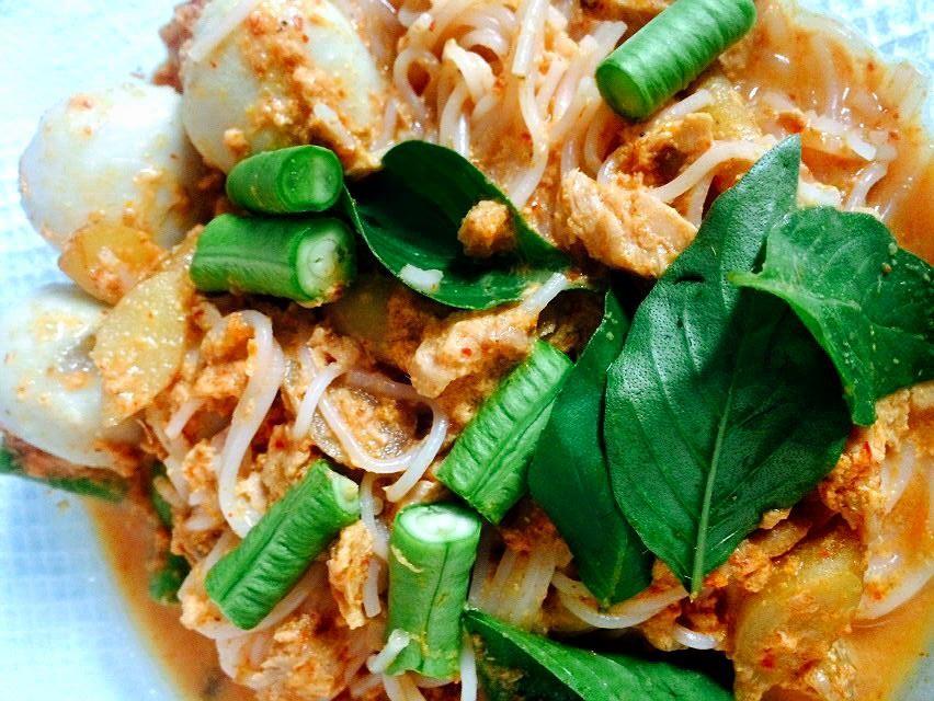 ขนมจีนน้ำยา ทำอาหาร ทำอาหารทานเอง ทูน่า น้ำยาขนมจีน วิธีทำอาหาร สูตรอาหาร เด็กหอ