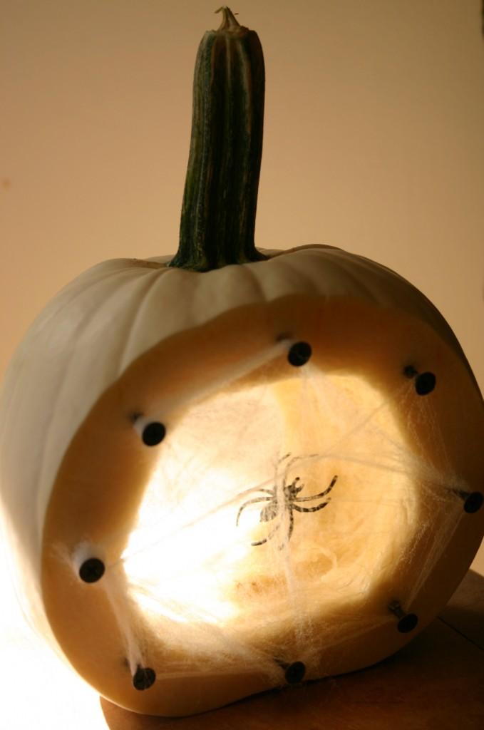 spiders-nest-pumpkin