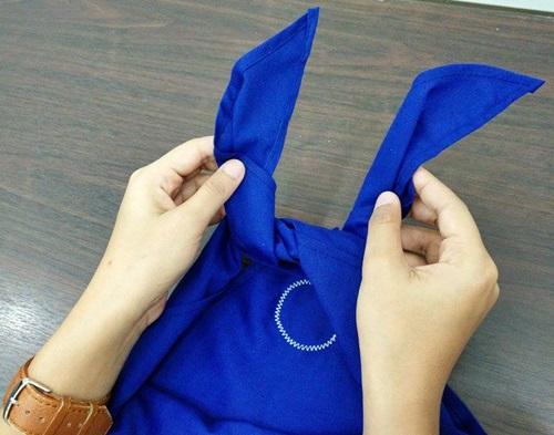 4 ขั้นตอน การผูกผ้าพันคอ ยุวกาชาด (แบบถูกต้อง) 7