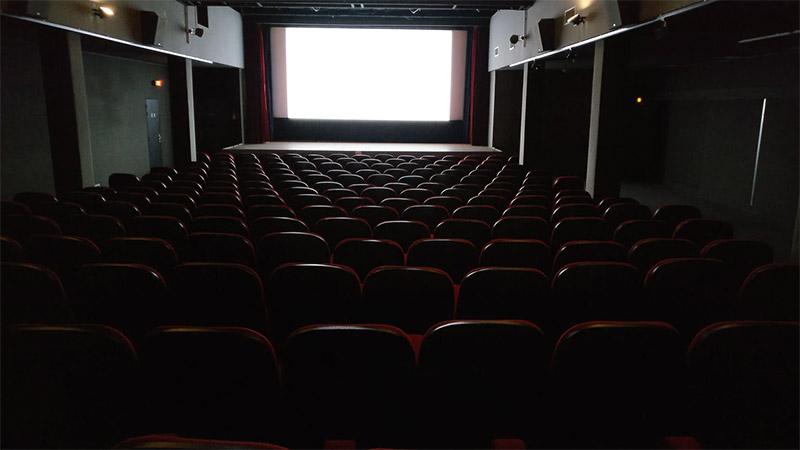 ผี โรงหนัง