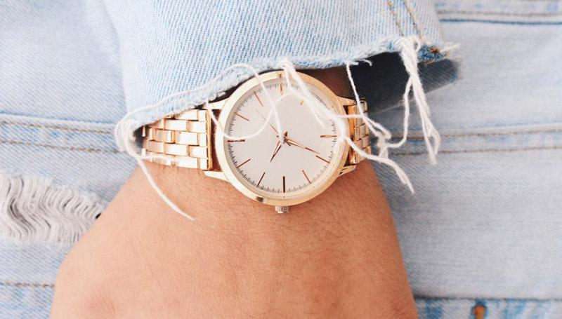 ความเชื่อต่างๆ ดูดวง นาฬิกา นาฬิกาข้อมือ เครื่องประดับ แอ็กเซสซอรี่