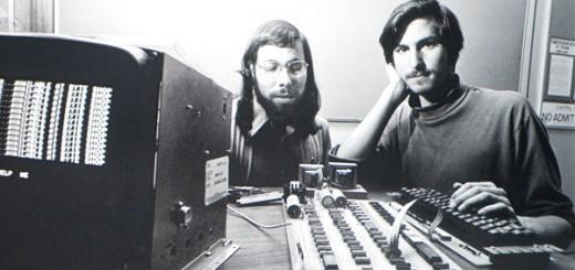 คอมพิวเตอร์แอปเปิ้ลเครื่องแรกของโลก (วิวัฒนาการแอปเปิ้ล)