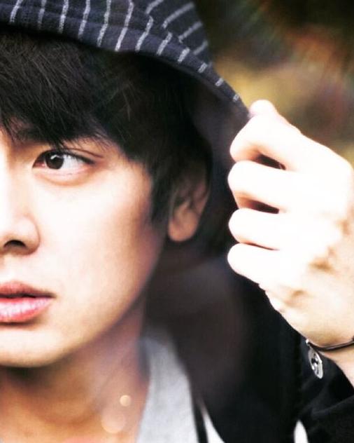 บอส พระเอกหนัง รุ่นพี่' หล่อปัง หน้าใสสไตล์เกาหลี (12)