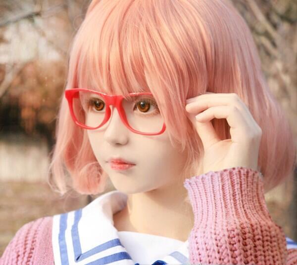 เหมือนตุ๊กตามาก มองผ่านๆ แยกไม่ออกเลยว่าเป็นคนจริงๆ ลูเซีย สาวน้อยคอสเพลย์จากประเทศเกาหลี