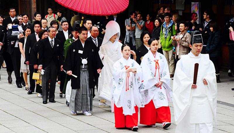 ชุดดำ ญี่ปุ่น วัฒนธรรม หางาน หางานญี่ปุ่น