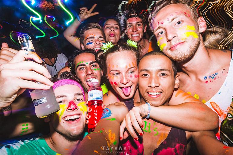 Fullmoon Party Travel ท่องเที่ยว ปฏิทิน ปฏิทินฟูลมูนปาร์ตี้ ฟูลมูนปาร์ตี้ เกาะพะงัน