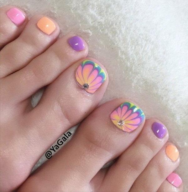 toe-nail-color12