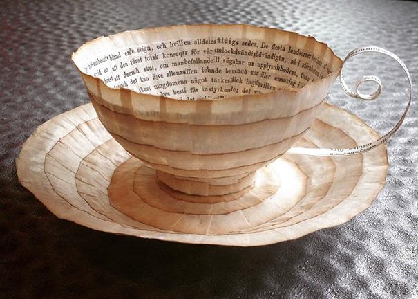สวยงาม!แก้วน้ำชาจากหนังสือเก่า ไอเดียของศิลปินสาวสวีเดน (15)