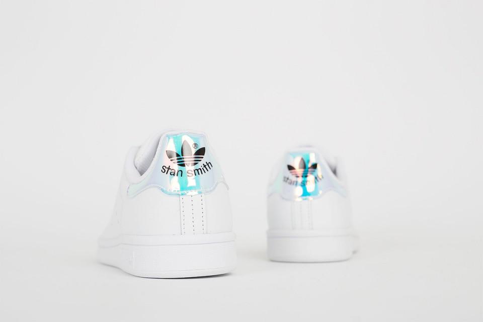 Adidas Stan Smith รุ่นใหม่ มีความมินิมอล+พาสเทล เรียบแกมหวาน