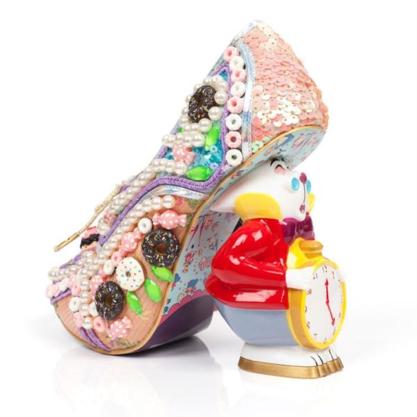 dan-sullivan-unveils-his-new-alice-in-wonderland-footwear-collection-24__700