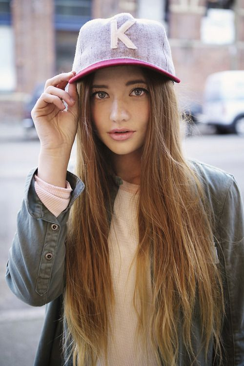 ไอเดียแต่งตัวกับ หมวกแก๊ป ไอเท็มหน้าร้อนที่สาวๆ ควรมีติดตัวไว้ (10)