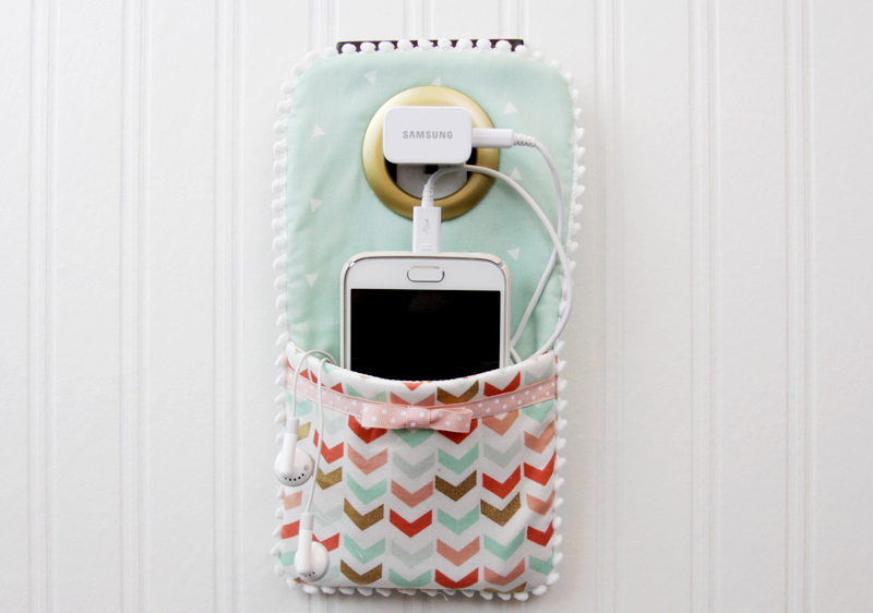 DIY-Phone-Charger-Holder