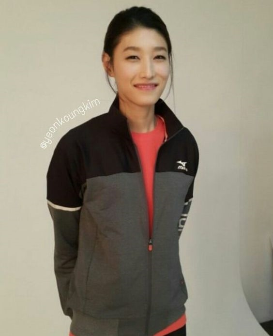 คิม ยอนคยอง นักวอลเลย์บอลหญิงเกาหลีใต้ (8)