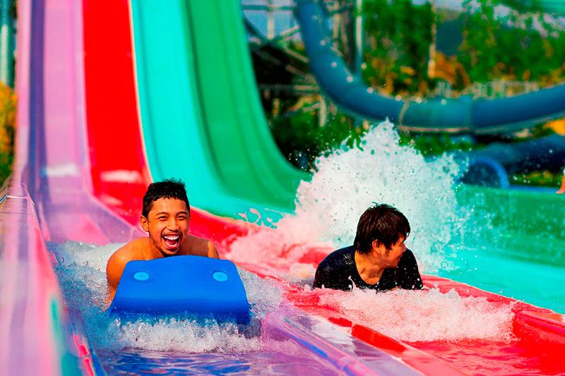 สวนน้ำรามายณะ-Mat-Racer-slide