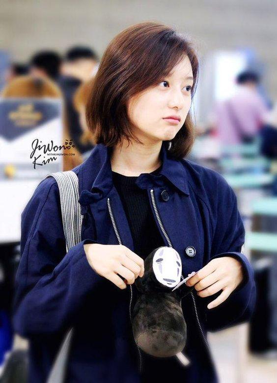 สวยตั้งแต่เด็ก Kim Ji Won หรือ ยุนมยองจู Descendants of the Sun (26)