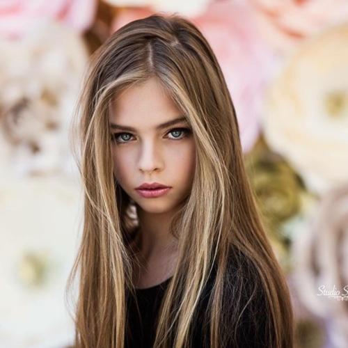 หน้าตาสวยมากๆ Jade Weber นางแบบเด็กอายุเพียง 11 ปี แต่ท่าโพสต์มืออาชีพมาก (19)
