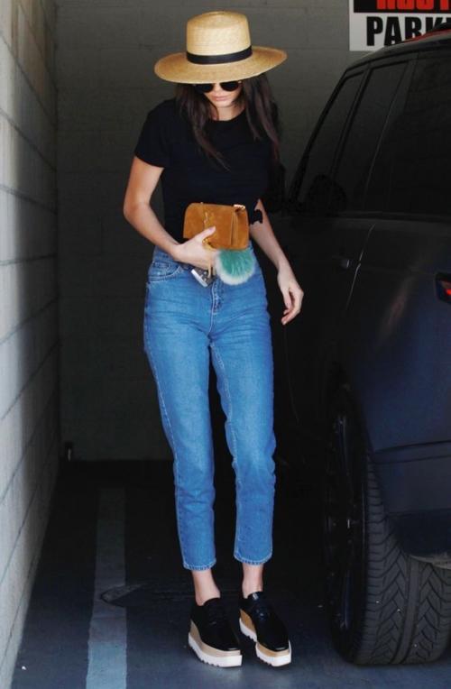 แฟชั่นสตรีท สไตล์ Kendall Jenner นางแบบวัยทีน ขวัญใจวัยรุ่นฝรั่ง (2)