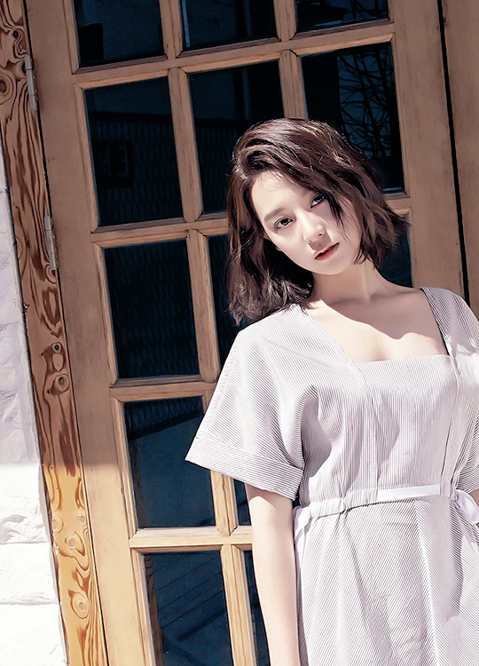 Kim Ji Won หรือ ยุนมยองจู Descendants of the Sun