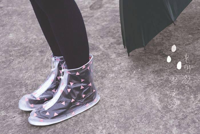 ถุงรองเท้ากันฝน (1)