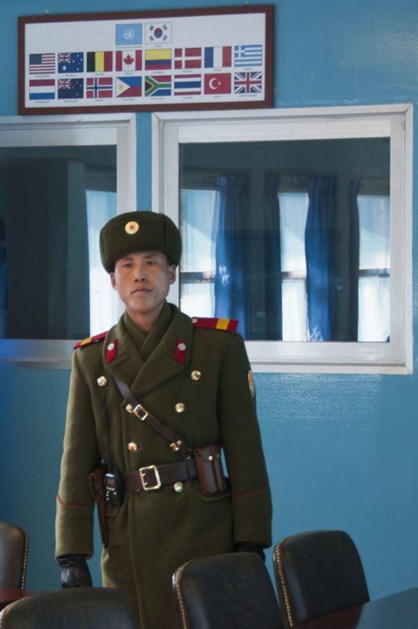 เผยภาพถ่าย! ชีวิตประจำวันของ ชาวเกาหลีเหนือ (15)