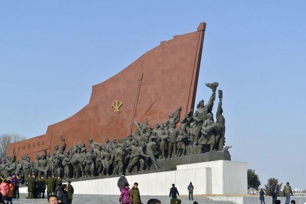 เผยภาพถ่าย! ชีวิตประจำวันของ ชาวเกาหลีเหนือ (8)
