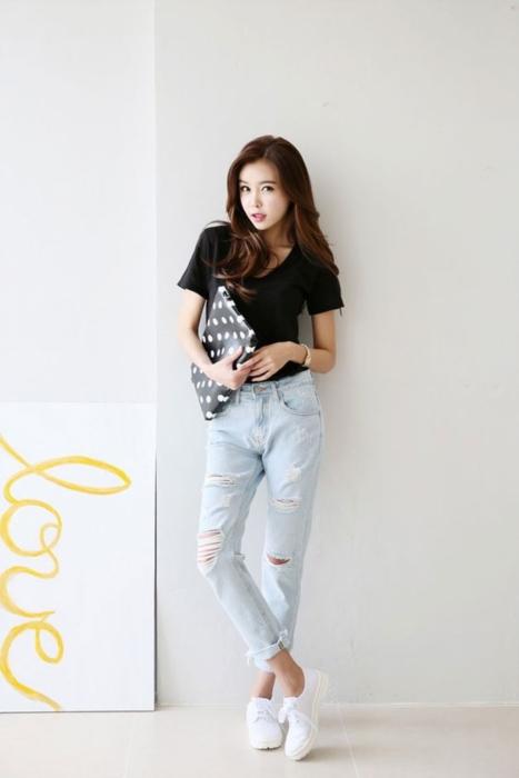 แฟชั่น เสื้อยืด กางเกงยีนส์ (3)
