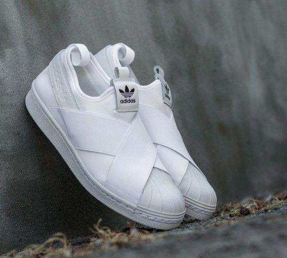 Adidas Superstar Slip On รองเท้าผ้าใบสไตล์มินิมอล (2)