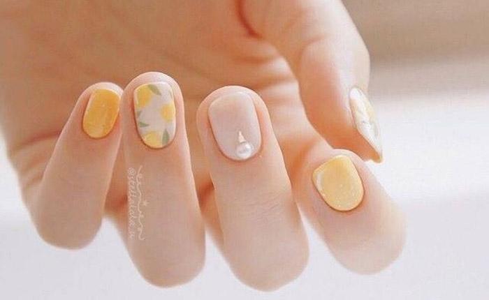 nail ทาเล็บ สีเล็บ