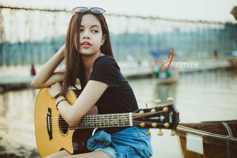 จัสมิน นักร้อง พัชราวลี เน็ตไอดอล