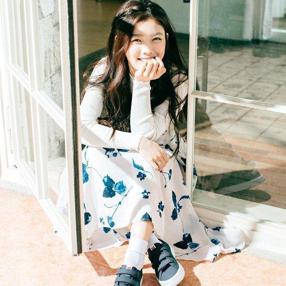 Kim Yoo Jung (24)
