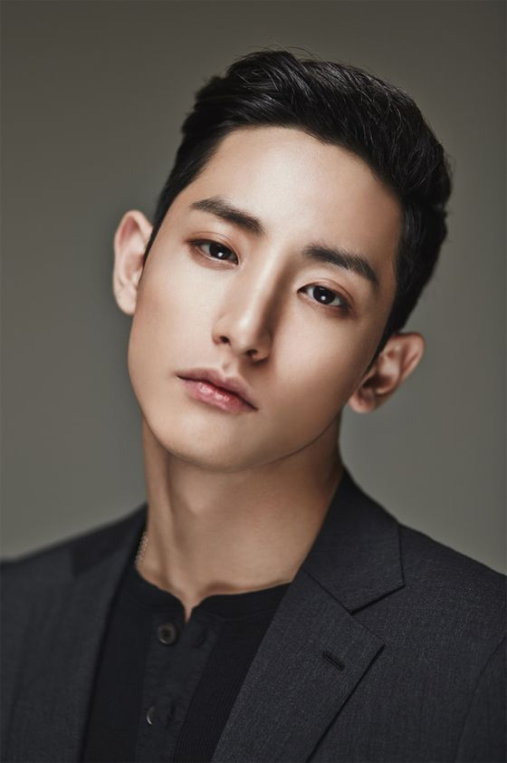 Lee Soo Hyuk (8)