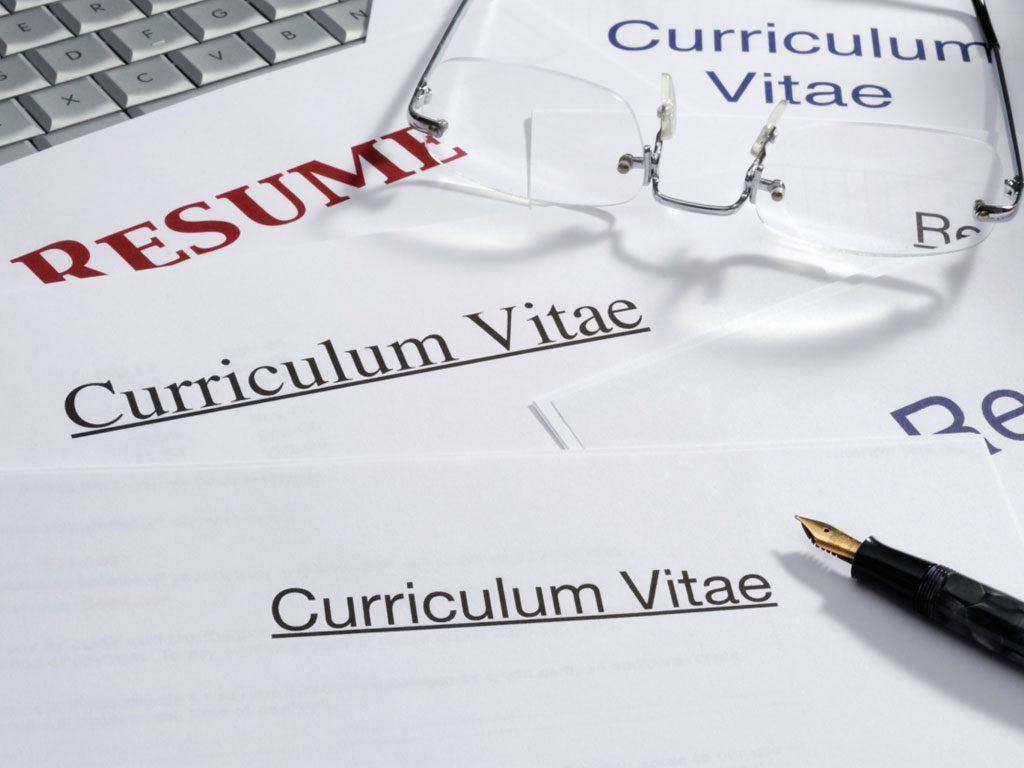 เทคนิคการเขียน Resume และ Curriculum Vitae ที่จะทำให้คุณชนะใจกรรมการ