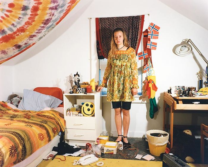 The Bedrooms Of Teenagers In The 90s (1)