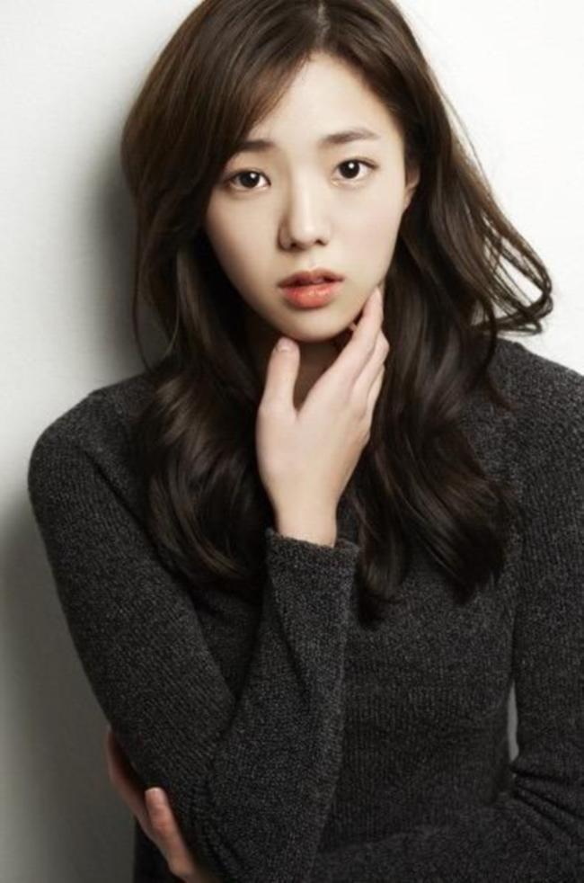 Chae Soo Bin (20)