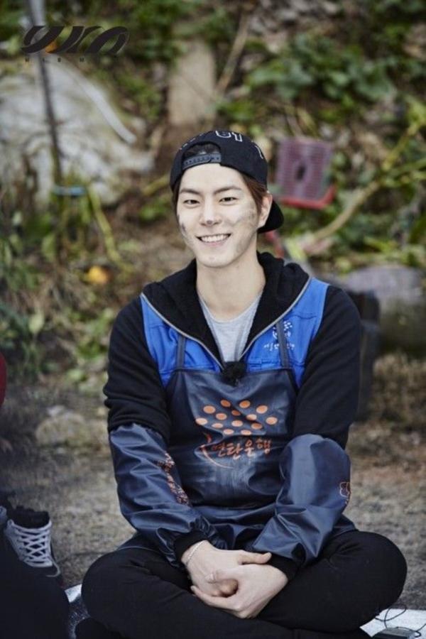 Hong Jong Hyun (19)