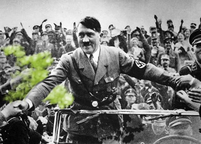 Adolf Hitler บุคคลสำคัญของโลก อดอล์ฟ ฮิตเลอร์