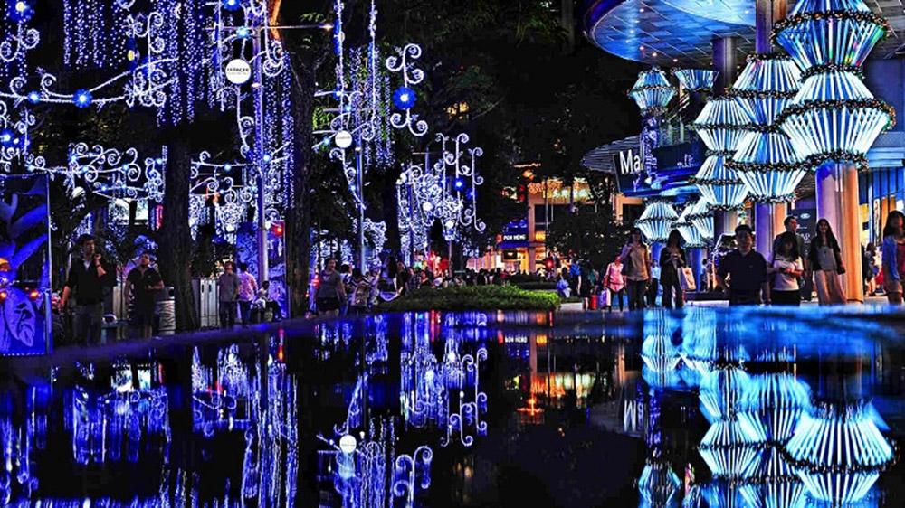 Christmas_Orchard-Street1