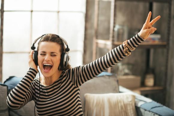 7 วิธีการฟังเพลงยังไง? ให้เก่งภาษาอังกฤษ