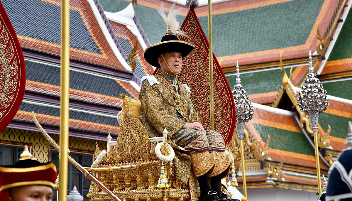 พระมหากษัตริย์ พระราชประวัติ รัชกาลที่ 10 ราชวงศ์จักรี ในหลวงรัชกาลที่ 10