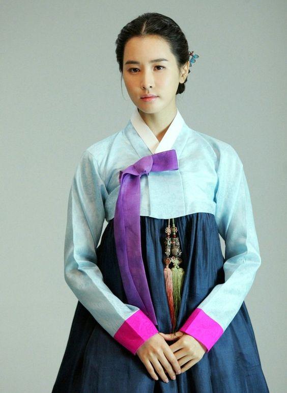 8 Lee Da Hae