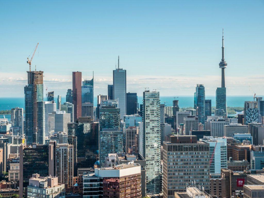 8 Toronto