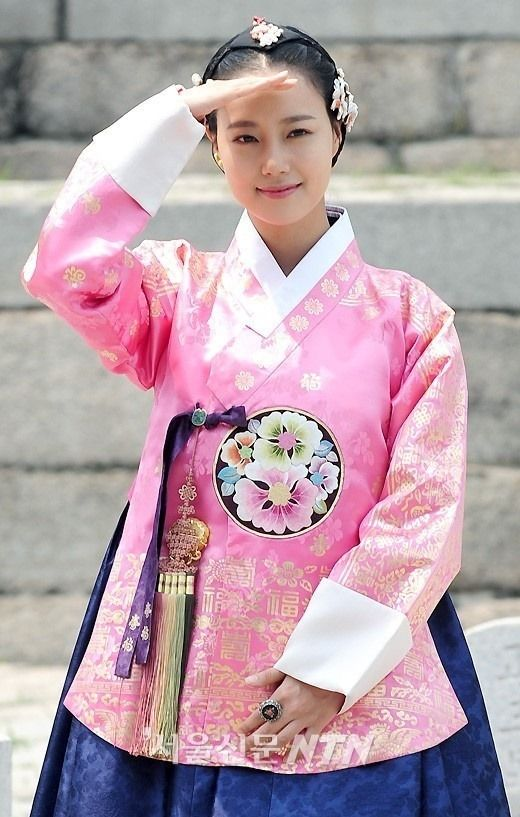 9 Moon Chae Won