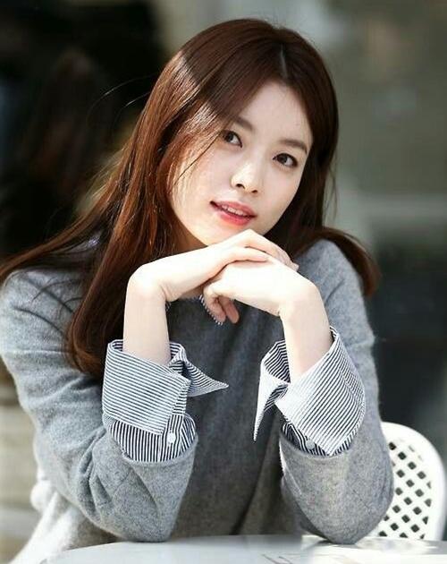 Han Hyo Joo-1