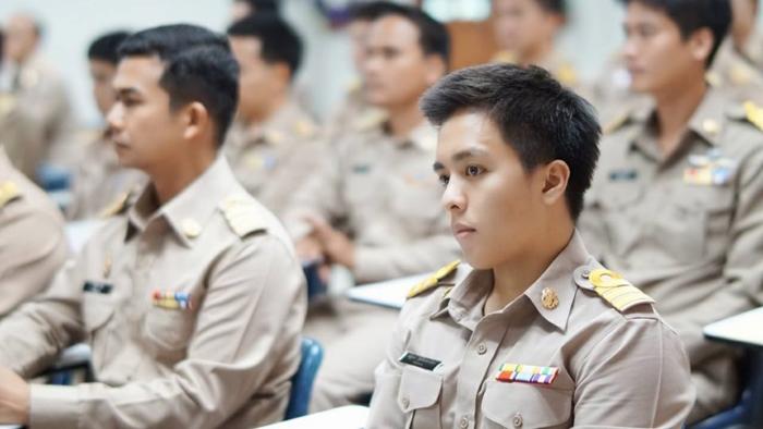 Nuttakorn Chumintarajak- campus (4)