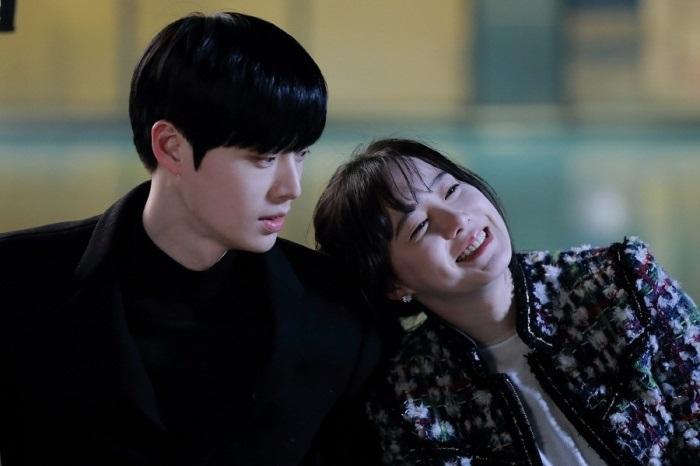 คู่รักดาราเกาหลี