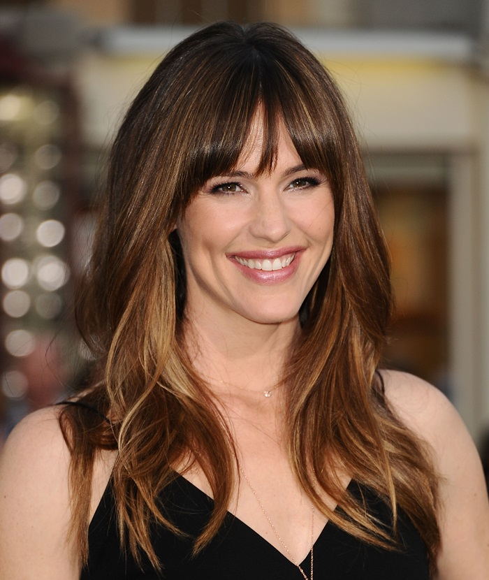 """LOS ANGELES, CA - APRIL 07: Actress Jennifer Garner attends the premiere of """"Draft Day"""" at Regency Bruin Theatre on April 7, 2014 in Los Angeles, California. (Photo by Jason LaVeris/FilmMagic)"""