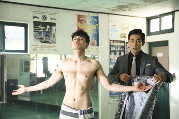 lee dong wook six pack (9)
