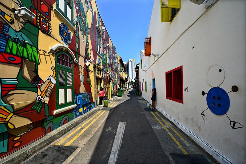 Haji Lane ถนนสายเล็กๆ ที่เต็มไปด้วยตึกเพ้นต์สีจัดจ้าน